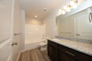 full bathroom in townhome